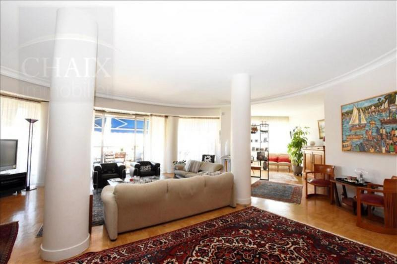 MARSEILLE 08 - APPARTEMENT de 216,43m2
